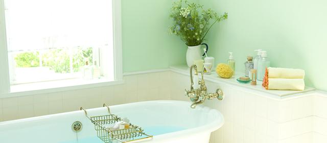 浴室の黒カビは、目に見えない「カビの原因菌」のうちに除菌して防ぐ