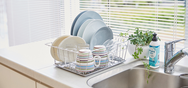 洗った食器をすばやく乾かす!片付ける! スピード「食器洗い」のコツ