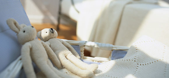 「毛布」はどう洗濯する?洗う前の準備と洗い方・干し方
