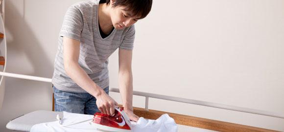 ワイシャツのお洗濯 ~「洗濯表示の見方」「エリ・そで口の汚れ」「洗濯じわ対策」「アイロンがけのポイント」~