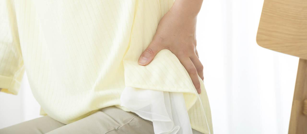 腰痛を引き起こす原因と症状別の対策・予防の方法