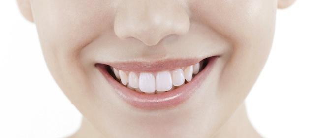 「歯間ブラシ」の上手な使い方