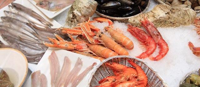 新鮮さとおいしさを保つ「魚介類」の正しい「冷蔵・冷凍保存方法」