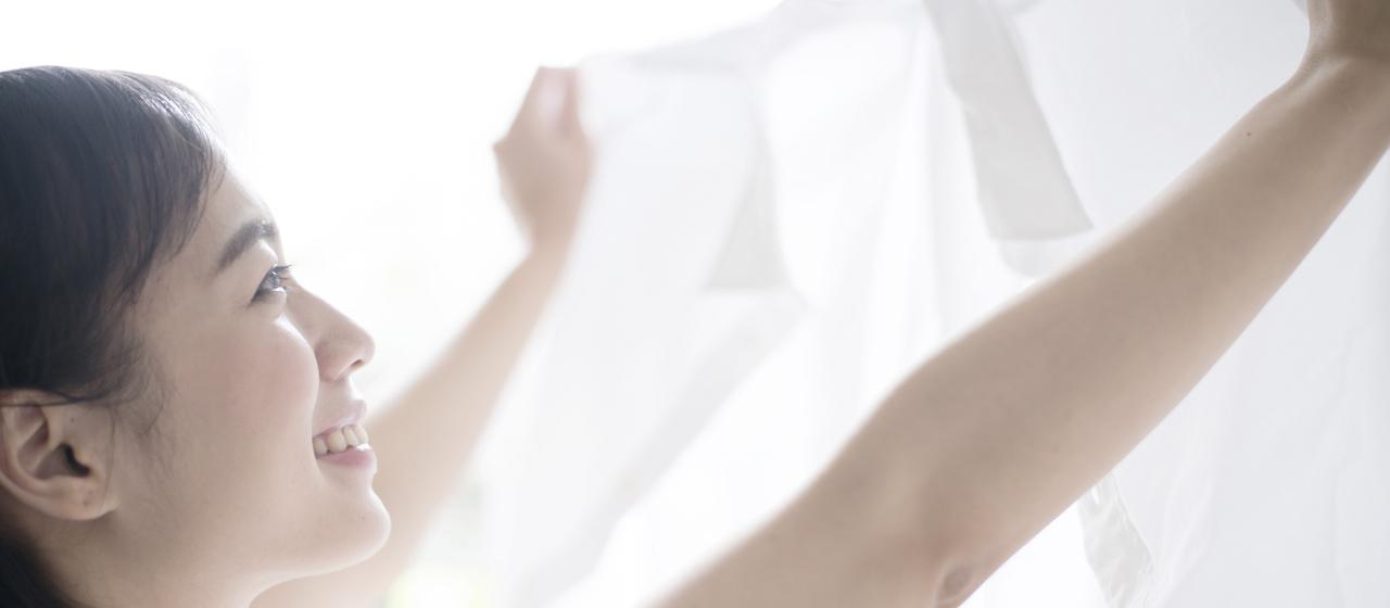 「漂白剤」の正しい使い方は?洋服のシミや黄ばみを効果的に落としたい