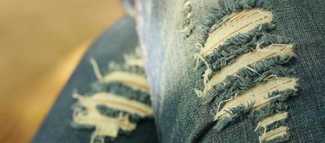 「ダメージジーンズ」って洗ってる?ずっと長持ちさせるための洗濯方法