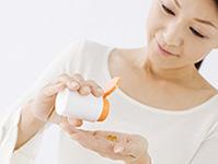 市販の「風邪薬」を服用する